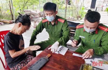 15 đội tình nguyện đến tận nhà hỗ trợ người dân Hà Tĩnh giải quyết thủ tục hành chính