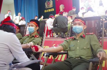 Bộ trưởng Tô Lâm kêu gọi cán bộ, chiến sỹ Công an nhân dân hưởng ứng phong trào tình nguyện hiến máu