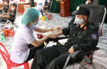 Tiểu đoàn CSCĐ số 2 tích cực tham gia chương trình hiến máu tình nguyện năm 2020