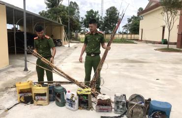 Công an Can Lộc phát hiện, thu giữ 45 bộ kích điện