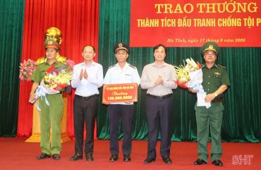 Hà Tĩnh trao thưởng cho các lực lượng phá chuyên án ma túy lớn