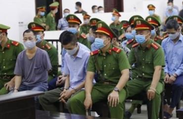 Giọt nước mắt từ phiên tòa vụ án Đồng Tâm