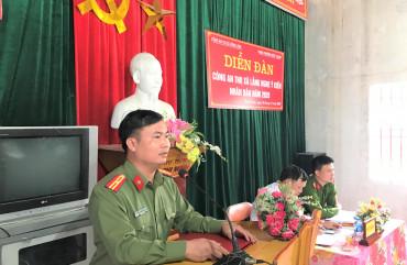 """Công an thị xã Hồng Lĩnh tổ chức diễn đàn """"Công an lắng nghe ý kiến Nhân dân"""""""