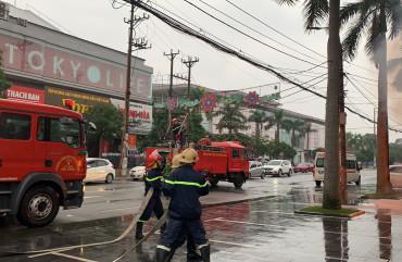 Diễn tập phương án chữa cháy và cứu nạn, cứu hộ tại Ngân hàng TMCP Ngoại thương
