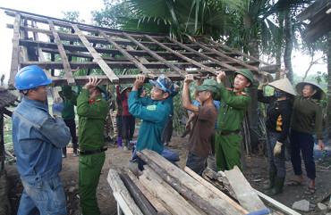 """Công an xã chính quy ở Hà Tĩnh: Luôn """"vì dân phục vụ""""!"""