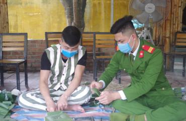 Trại tạm giam tổ chức cho phạm nhân ăn Tết ấm áp, an toàn