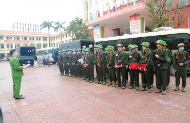 Công an Hà Tĩnh tổ chức lễ giao nhận công dân thực hiện nghĩa vụ tham gia CAND năm 2021