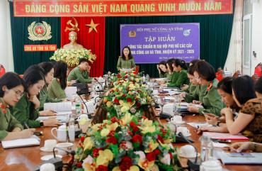 Tập huấn công tác chuẩn bị Đại hội Phụ nữ các cấp trong Công an Hà Tĩnh nhiệm kỳ 2021 – 2026