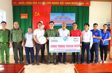 Bàn giao 5 công trình thành niên cấp huyện và cấp cơ sở cho địa bàn huyện Hương Khê