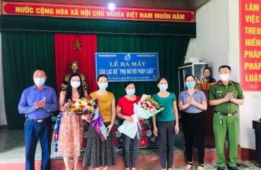 """Hội Liên Hiệp phụ nữ thị trấn Cẩm xuyên tổ chức lễ ra mắt câu lạc bộ"""" Phụ nữ với pháp luật"""""""