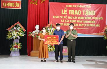 Công an Hà Tĩnh hỗ trợ 900 triệu đồng giúp xã Hương Lâm xây dựng Nông thôn mới