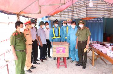 Giám đốc Công an tỉnh kiểm tra công tác phòng, chống dịch bệnh covid -19 tạihuyện Hương Khê