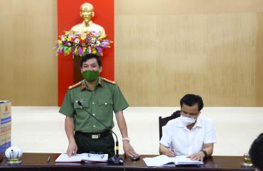 Giám đốc Công an tỉnh làm việc với huyện Hương Khê về công tác phòng, chống dịch Covid 19