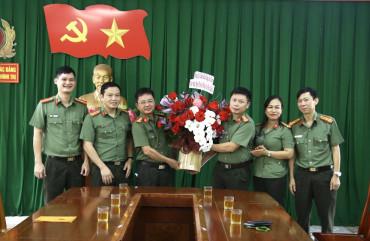 Đảng uỷ Lãnh đạo Công an tỉnh chúc mừng Ngày truyền thống Văn phòng cấp uỷ
